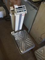 Напольные весы CAS DB-150H БУ