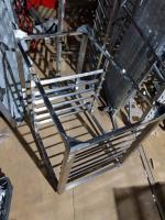 Подставка, нержавеющая сталь 970*6000 мм БУ